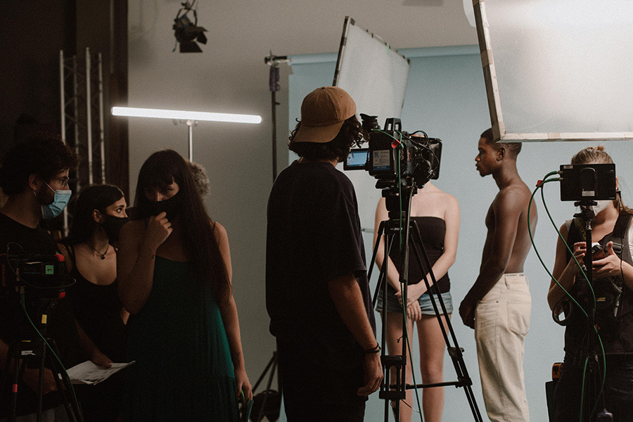 Sesión de fotografía para el proyecto Bloom creado por la artista Coraima Mengibar