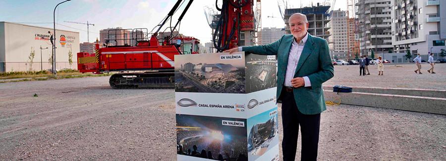 El empresario valenciano Juan Roig en el inicio de las obras del recinto multiusos Casal España Arena