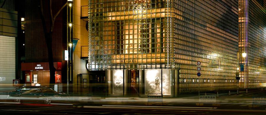 Maison Hermes en Tokio realizado por el arquitecto Renzo Piano
