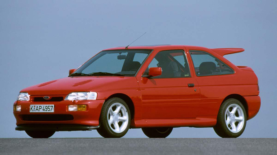diseño Ford escort RS cosworth