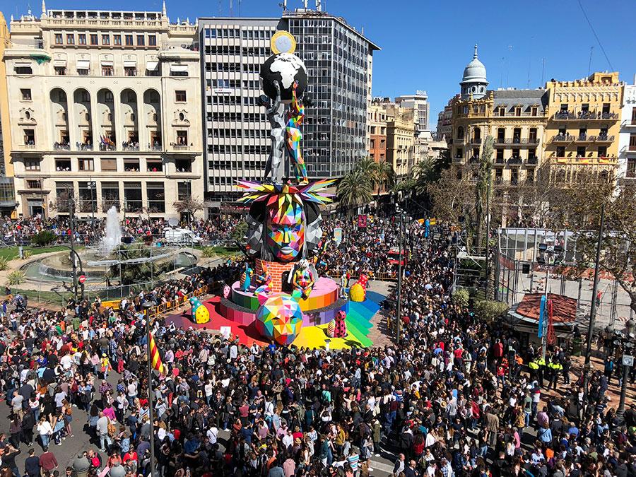 La falla que el artista Okuda San Miguel realizaó en la ciudad de Valencia en el año 2018