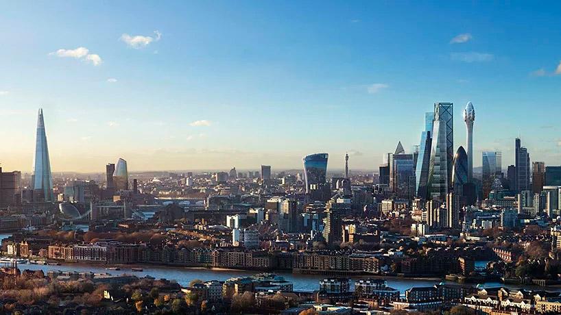 Vista general de la ciudad de Londres con el edificio The Tulip claramente visible en su skyline
