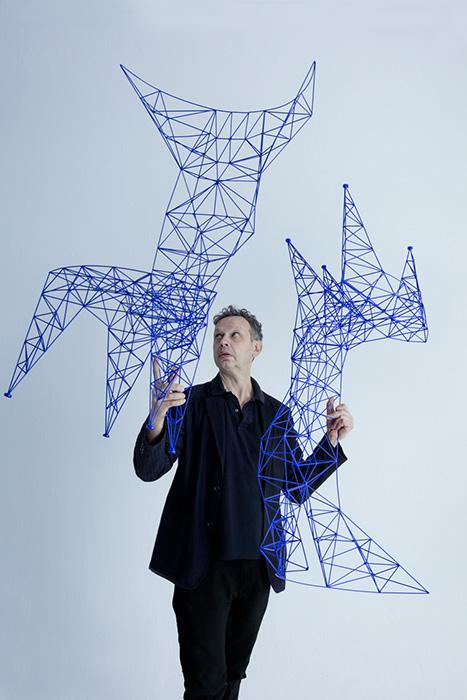 Tom Dixon diseñador industrial británico