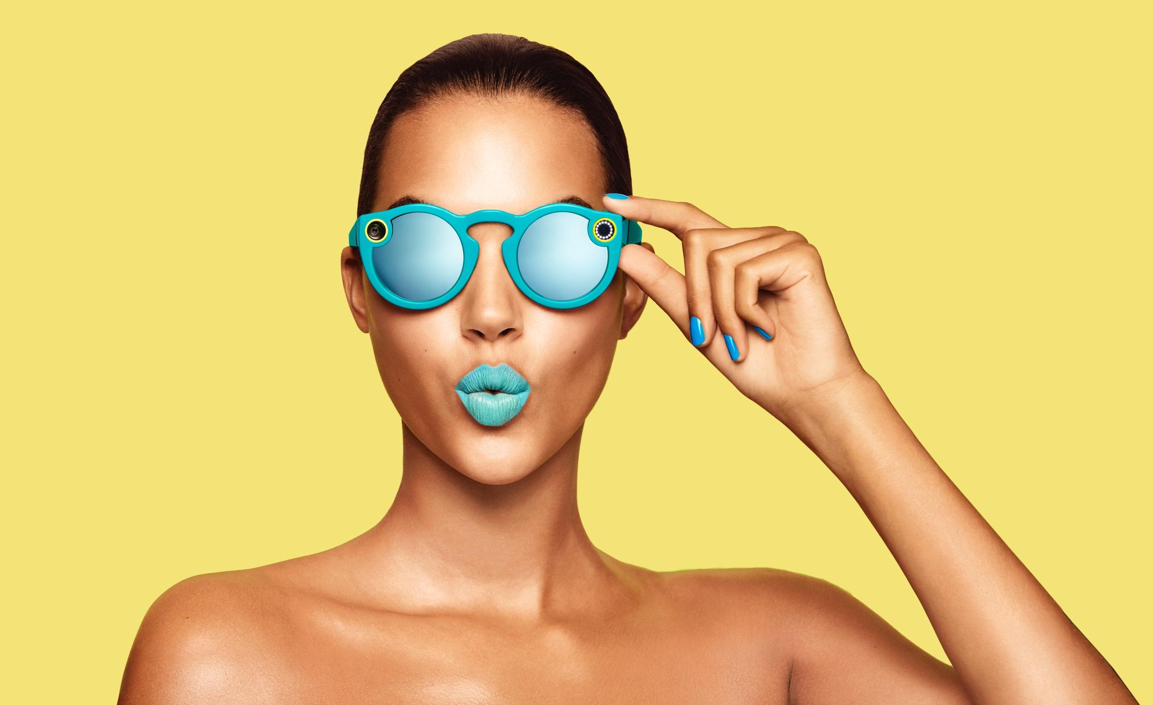 Imagen 2 de la campaña de marketing de la marca Spectacles by Sanp Inc