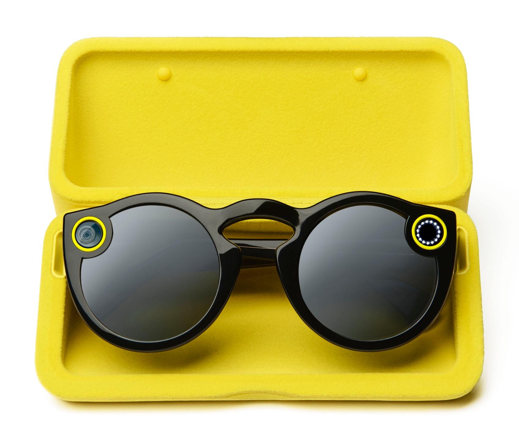 Imagen 3 de la campaña de marketing de la marca Spectacles by Sanp Inc