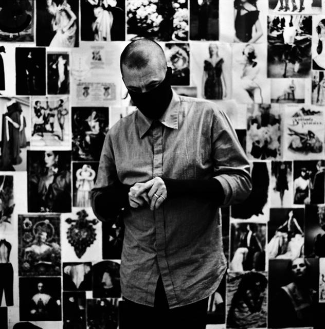 Alexander McQueen fotografiado por Anton Corbijn en 2007