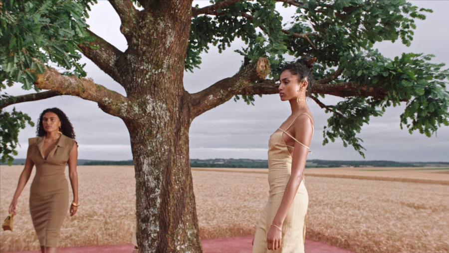 Jacquemus marca de moda francesa colección L'Amour, imagen 1