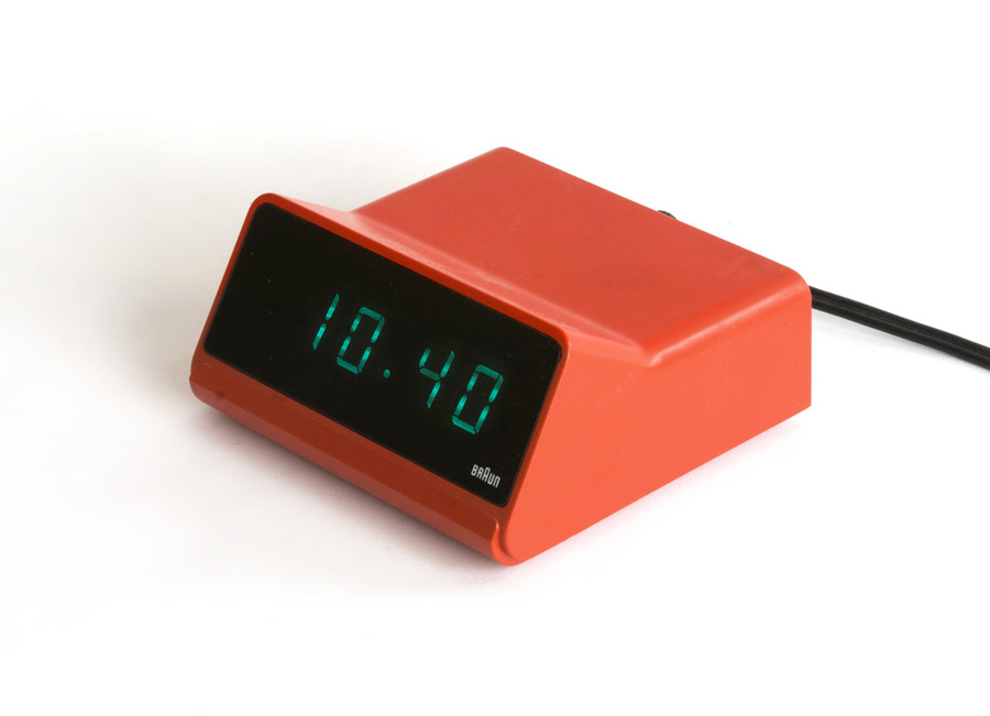 Reloj despertador Braun DN 40 diseñado por Dieter Rams ydDietrich Lubs en 1976