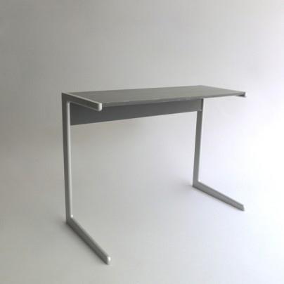 Mesa Kangaroo diseño de Dieter Rams del año 1961