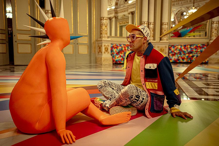 Meditations, instalación en el Teatre Liceu de Barcelona del artista Okuda San Miguel, imagen 4
