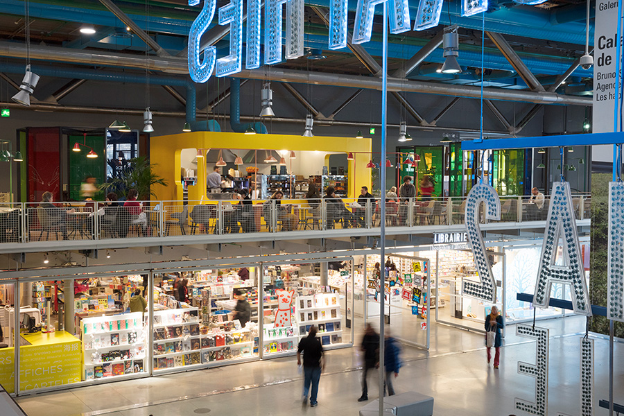 proyecto de renovación del interiorismo del Café Le Central en el Centro Pompidou de París