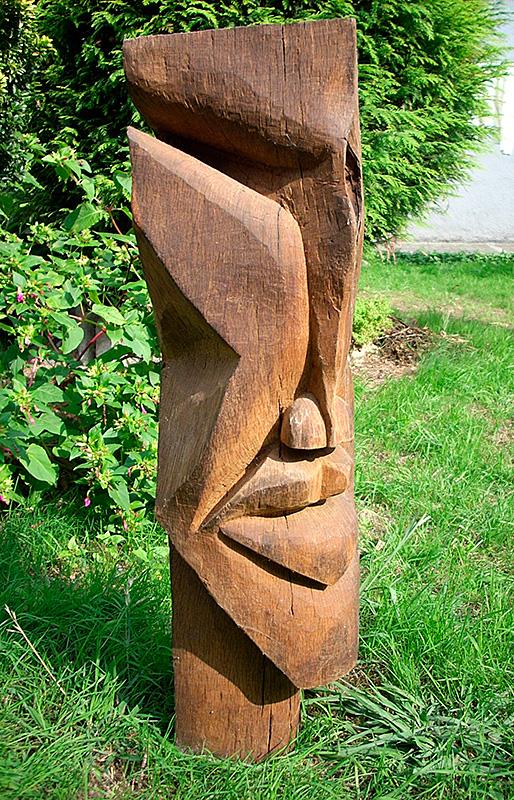 Escultura de Patxi Xabier Lezama Adur