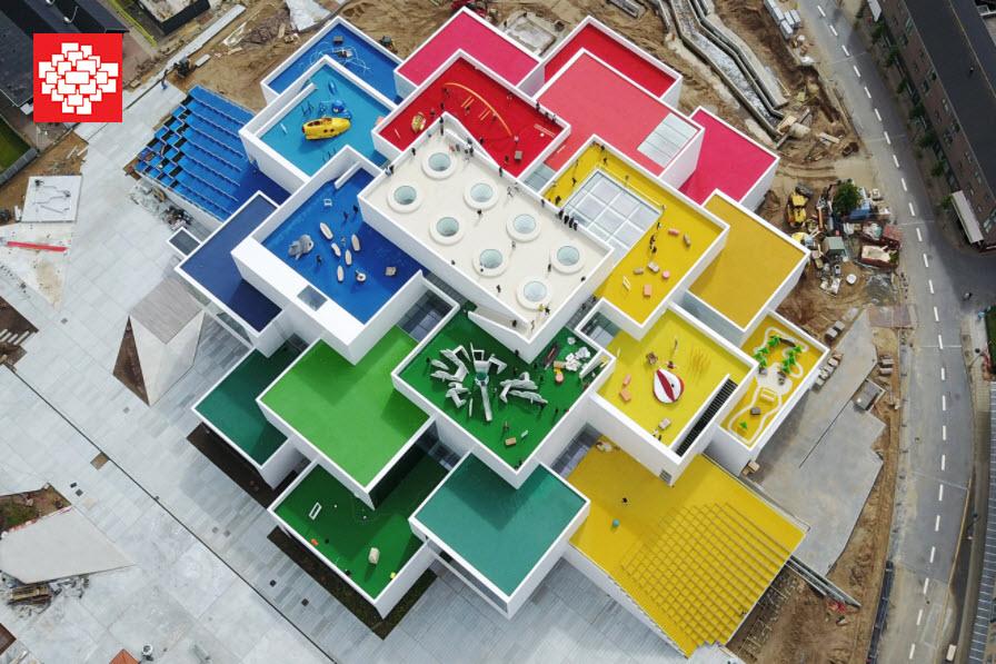Vista cenital de La Casa de Lego (Lego House)