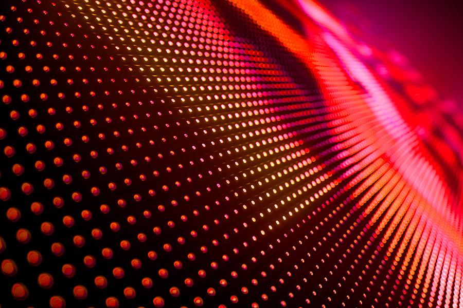 Los sistema de leds más modernos nos permiten su configuración de infinitas maneras para producir la luz como queremos